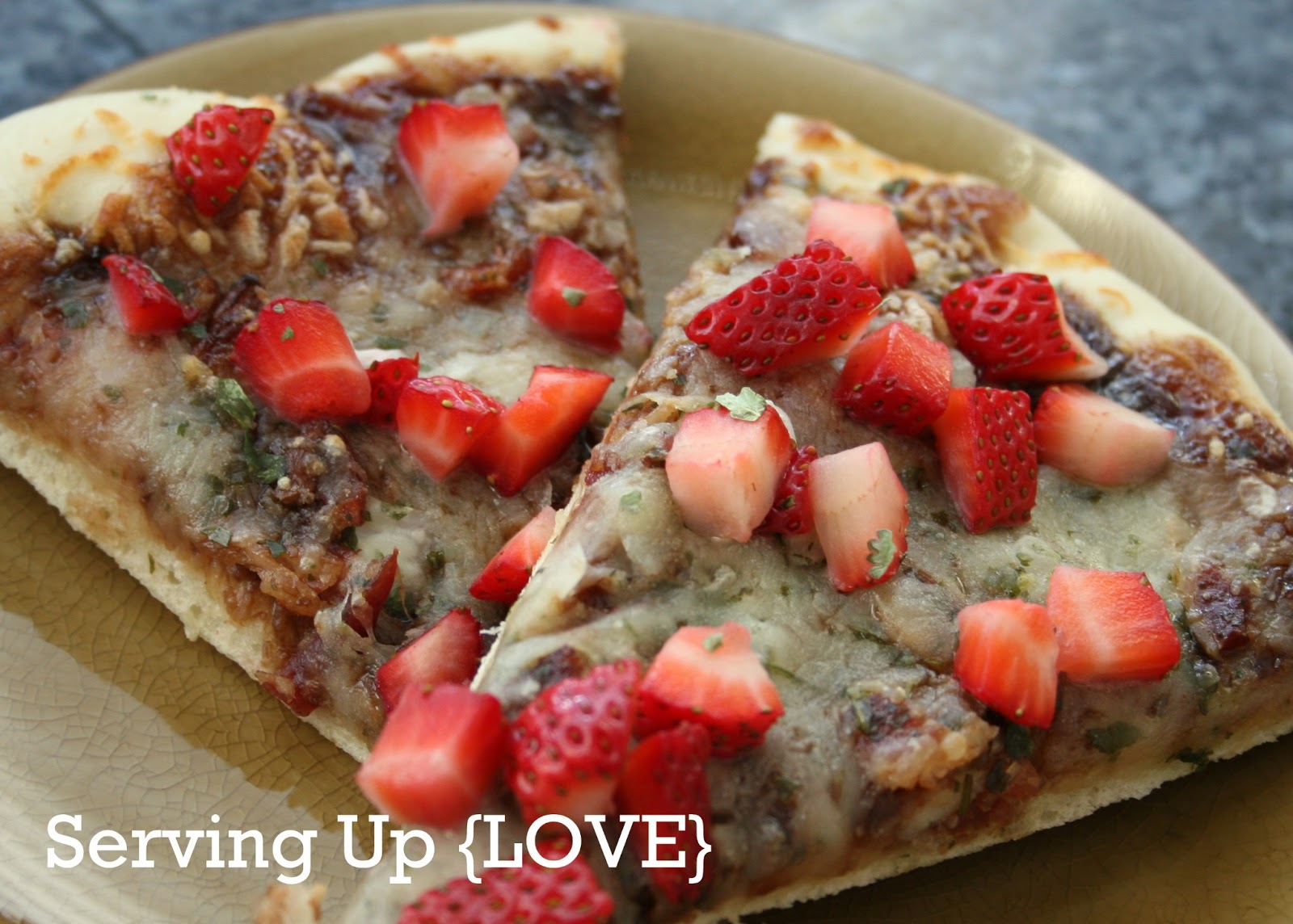 Katherine's Kitchen: Serving Up {Pizza}: Balsamic Strawberry Pizza