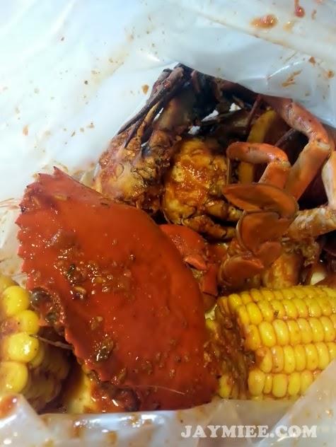 Makan Ketam di Crab Factory
