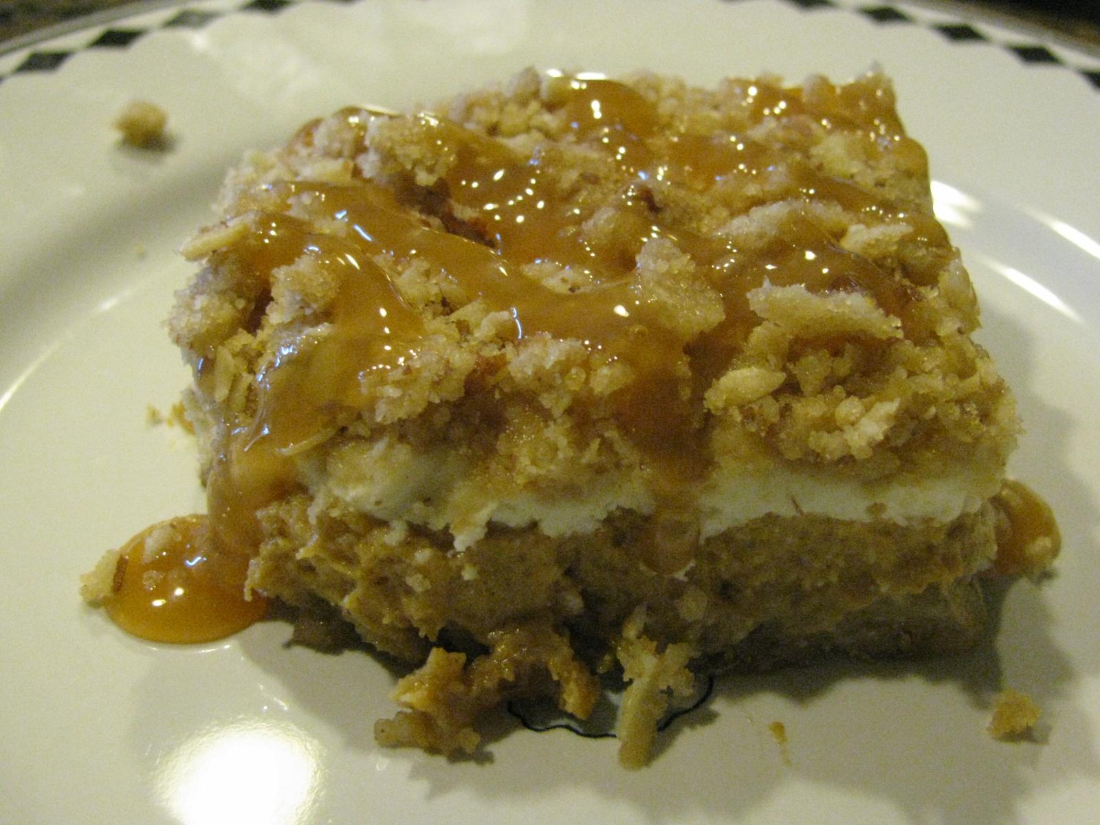 Anissa's Kitchen: Pumpkin Cheesecake Crumble Bars