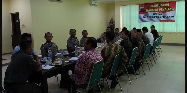 Bahas Keamanan Pilkada 2015,Kapolres Pemalang Gelar Silaturahmi dengan FKUB