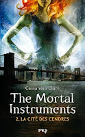 http://bunnyem.blogspot.ca/2015/05/the-mortal-instruments-tome-2-la-cite.html