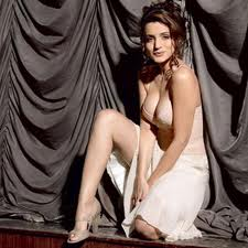 Amisha Patel hot and sexy bollywood actress images 1