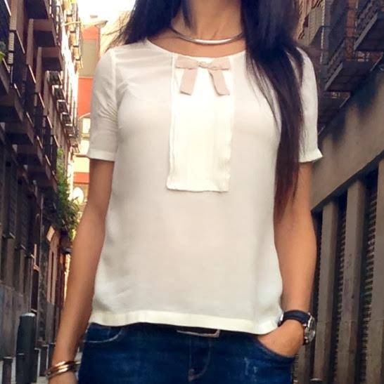 Camisa seda con lazo de Massimo Dutti, LaCaprichossa-Vanessa Martinez