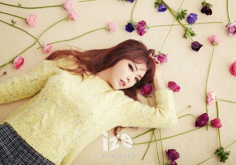 Hong Jin Young - Ize Magazine February 2014