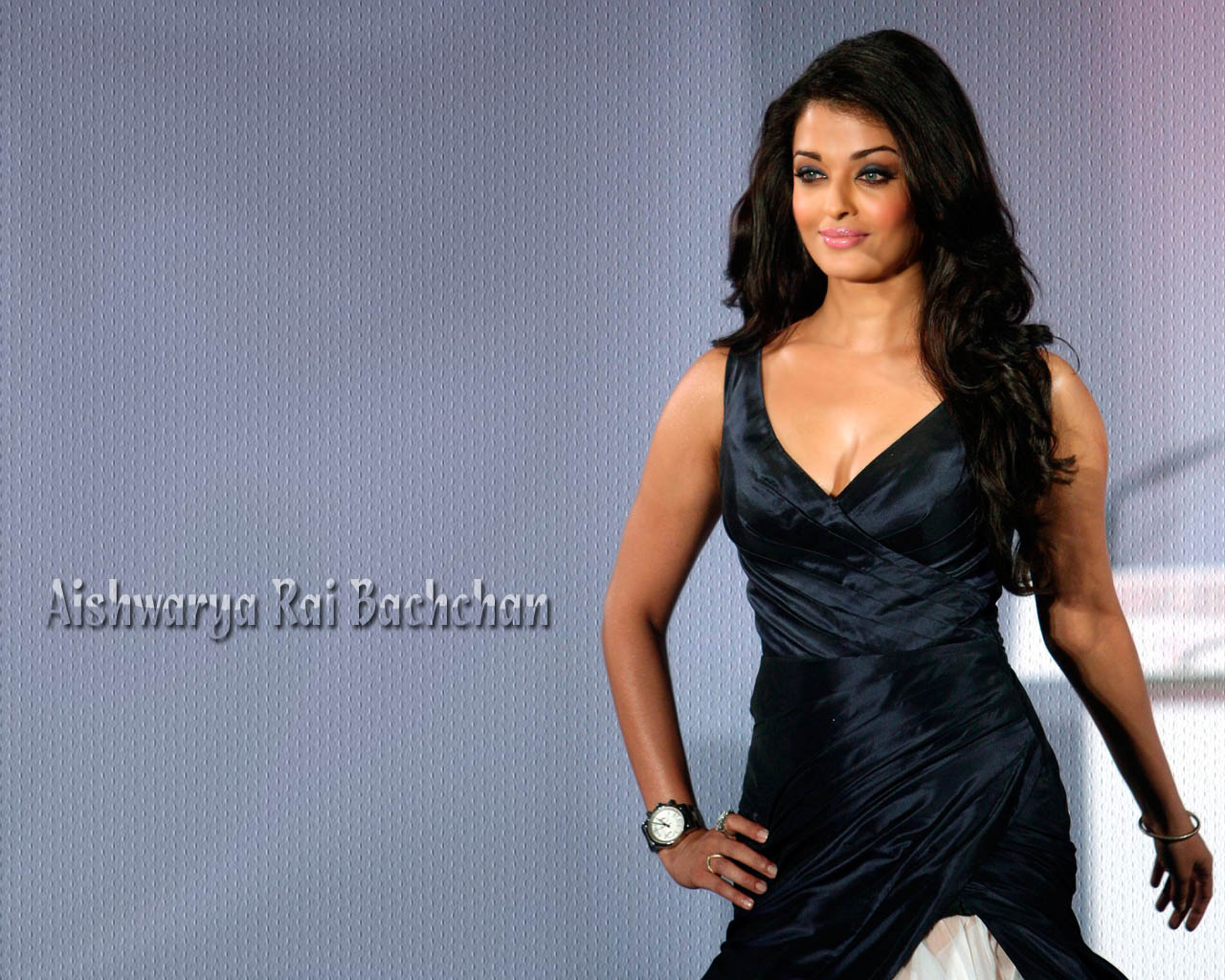 http://2.bp.blogspot.com/-_2PzbtgLONM/TVY5qFnjo_I/AAAAAAAAAH8/CtImew9soRA/s1600/aishwarya-rai-pics.jpg