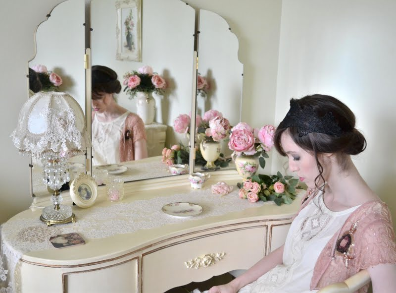 Jennelise the dressing table for Womens dressing table
