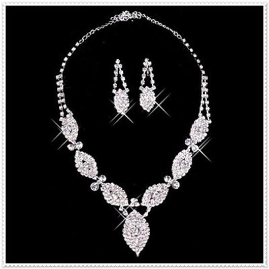 Als Geschenk zum Valentinstag Silber