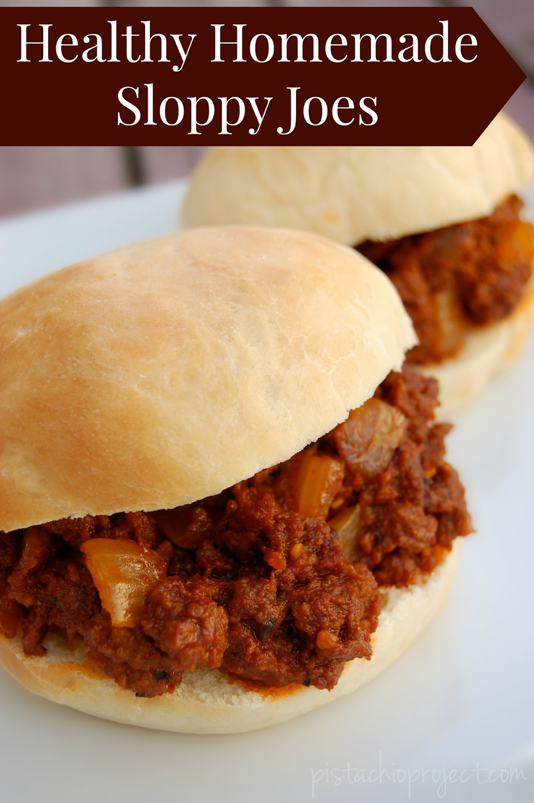 Healthy Homemade Sloppy Joes! No more bpa lined cans, no more sloppy joes full of weird ingredients! These sloppy joes are healthy and they taste amazing! #sloppyjoes #quickdinner #realfood #dinner #easy