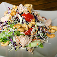 Mediterranean Chicken Salad (Photo: Wikimedia.org)