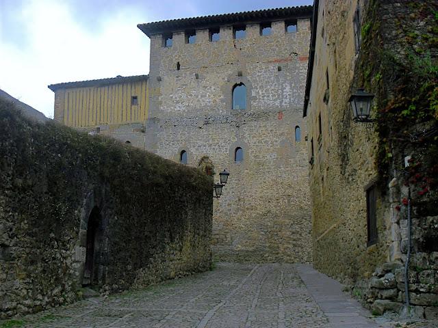 Torre del Merino en Santillana del Mar