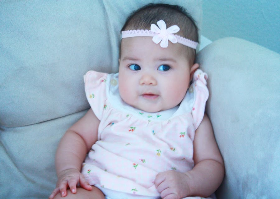 The gallery for --> Brown Hair Blue Eyes Baby