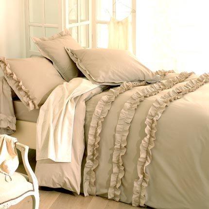 parure de lit bed linen background 3. Black Bedroom Furniture Sets. Home Design Ideas