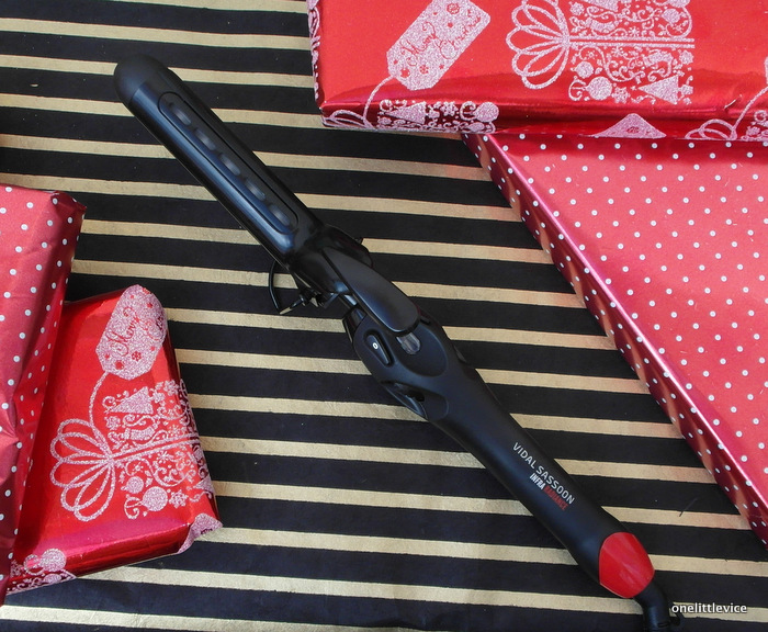 One Little Vice Beauty Blog: Christmas Gift Guide for Her