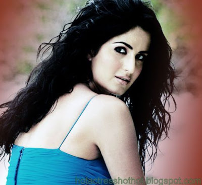 katrina kaif hot pics and back in blue top