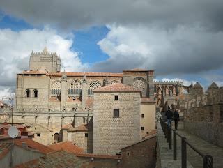 Catedral de Ávila desde el adarve