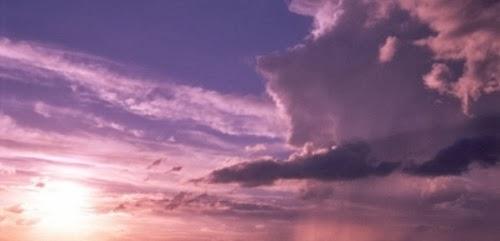 Terkabulnya Doa Dalam Kesulitan-Nur Qolbu
