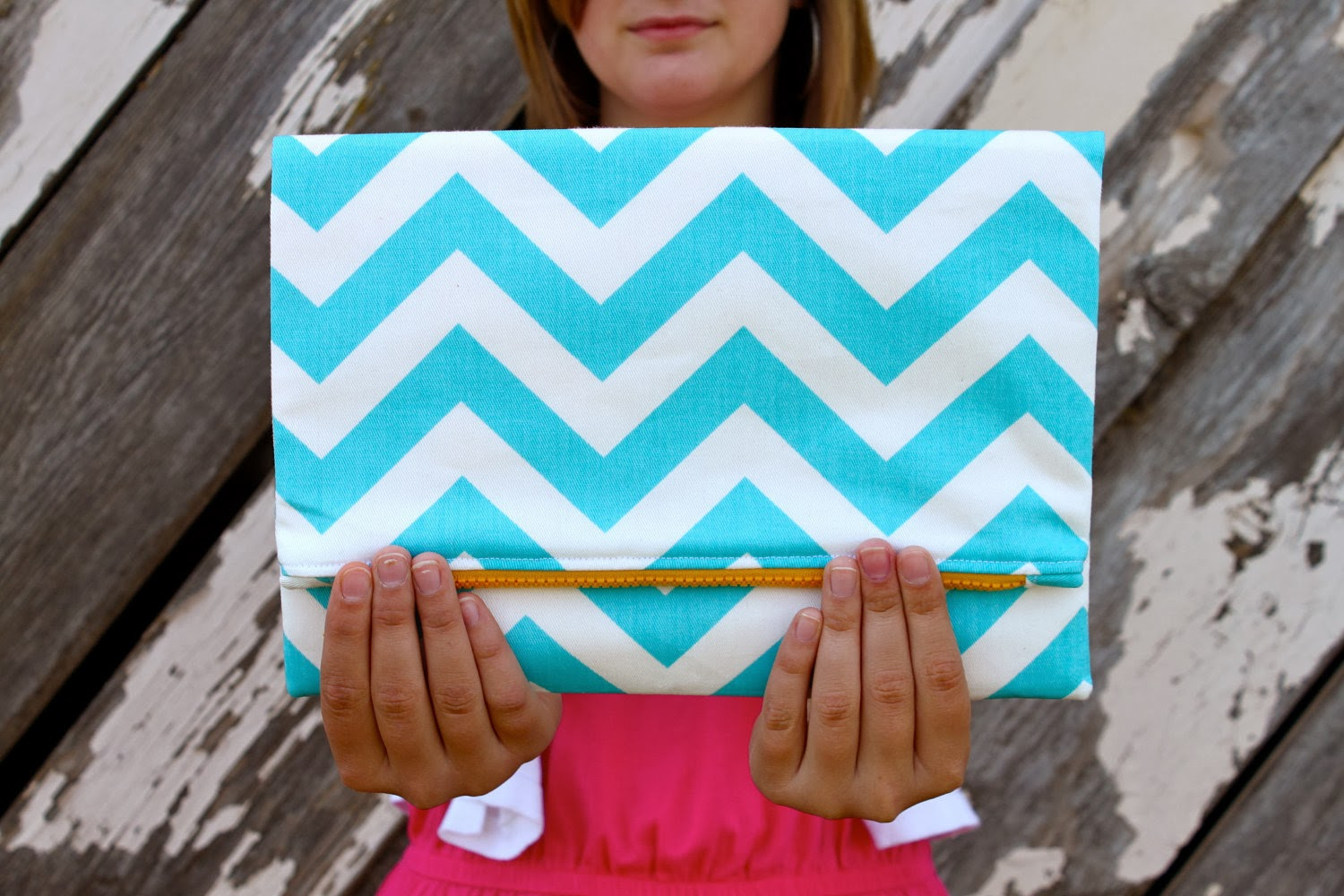 https://www.etsy.com/listing/97714145/the-zoe-clutch-aquawhite-chevron-print
