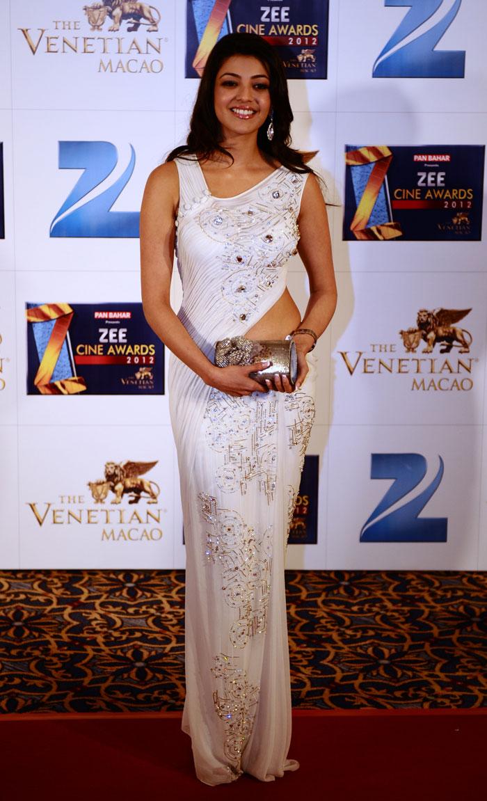 Shah Rukh Khan at Zee Cine Awards held in Macao