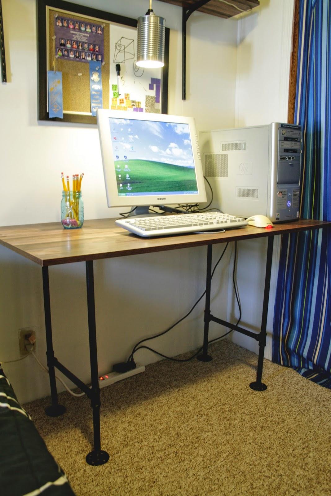 the dieter family industrial pipe desk diy