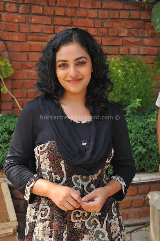 Nithya menon latest cute photo gallery