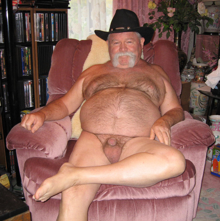 Naked Hairy Grandpa Top my ideal of male beauty: charming and attractive daddy!
