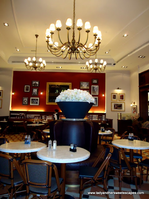 Madeleine Cafe Classy Interior