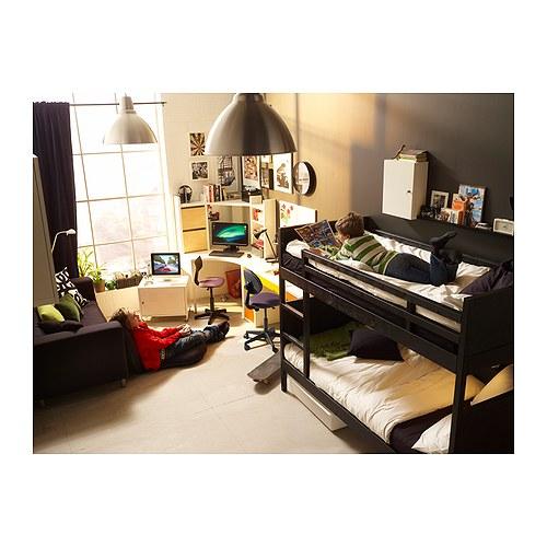 Il cesto dei tesori stanza per due pi due pi due - Stanza da letto ikea ...