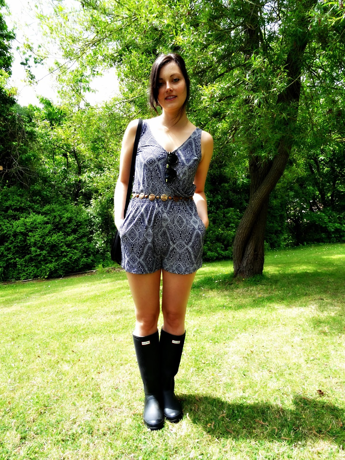 jumpsuit and wellies for festival fashion