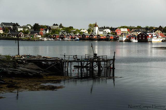 pueblecito en las islas Lofoten