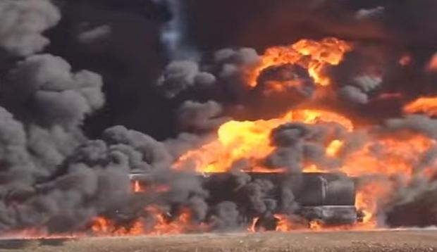 Ανατινάχτηκε φάλαγγα 20 βυτιοφόρων που μετέφερε πετρέλαιο του ISIS