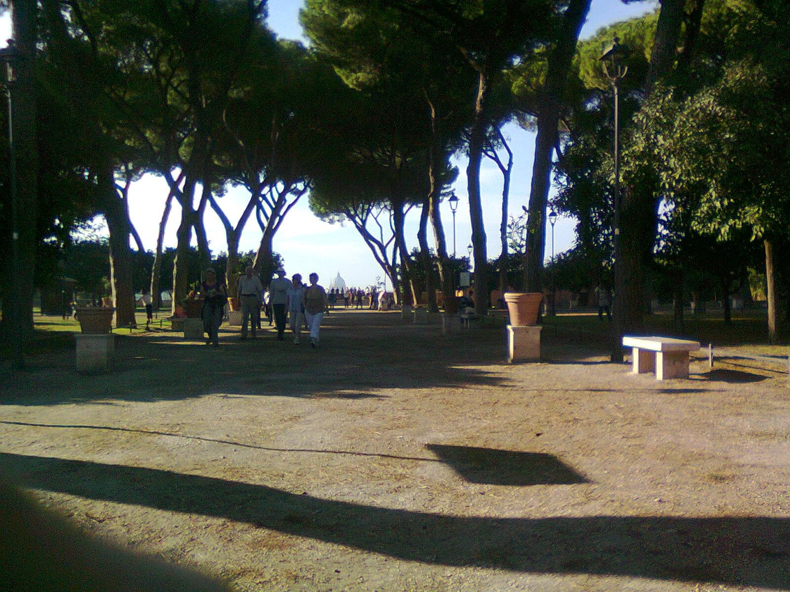In bici per roma settembre 2011 - Giardino degli aranci frattamaggiore ...