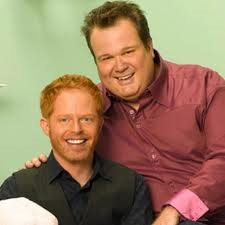 la pareja gay de modern family
