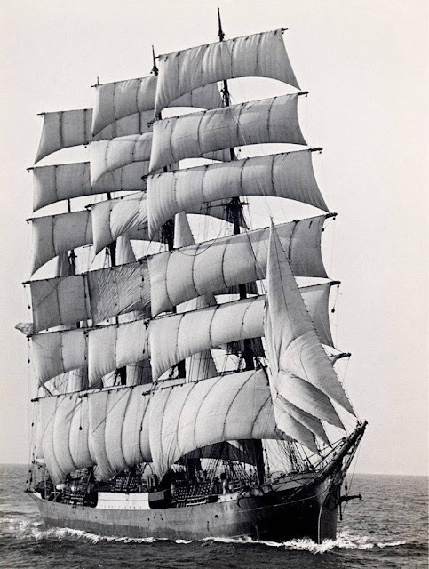 The world's last commercial sailing ship, The Pamir, rounding Cape Horn for the last time in 1949 [483x640]