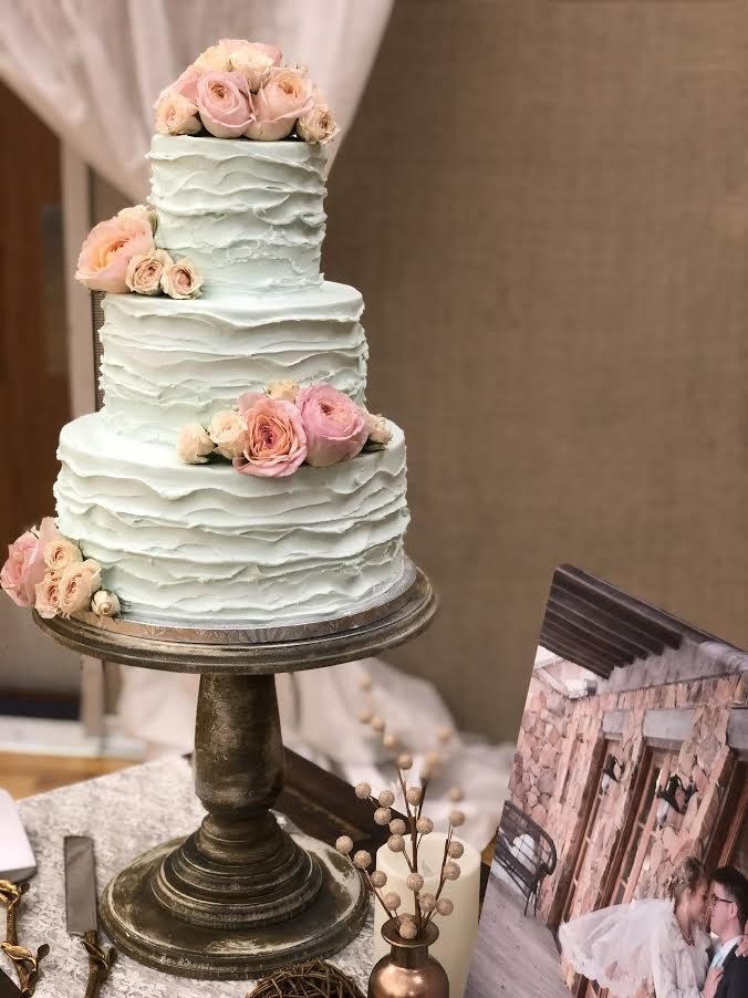 3-tier round textured buttercream