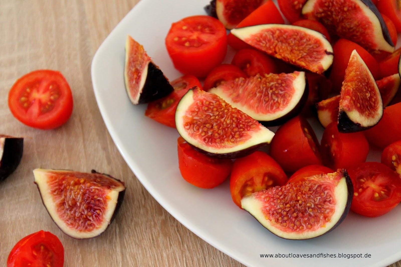 Salat aus Feigen und Tomaten