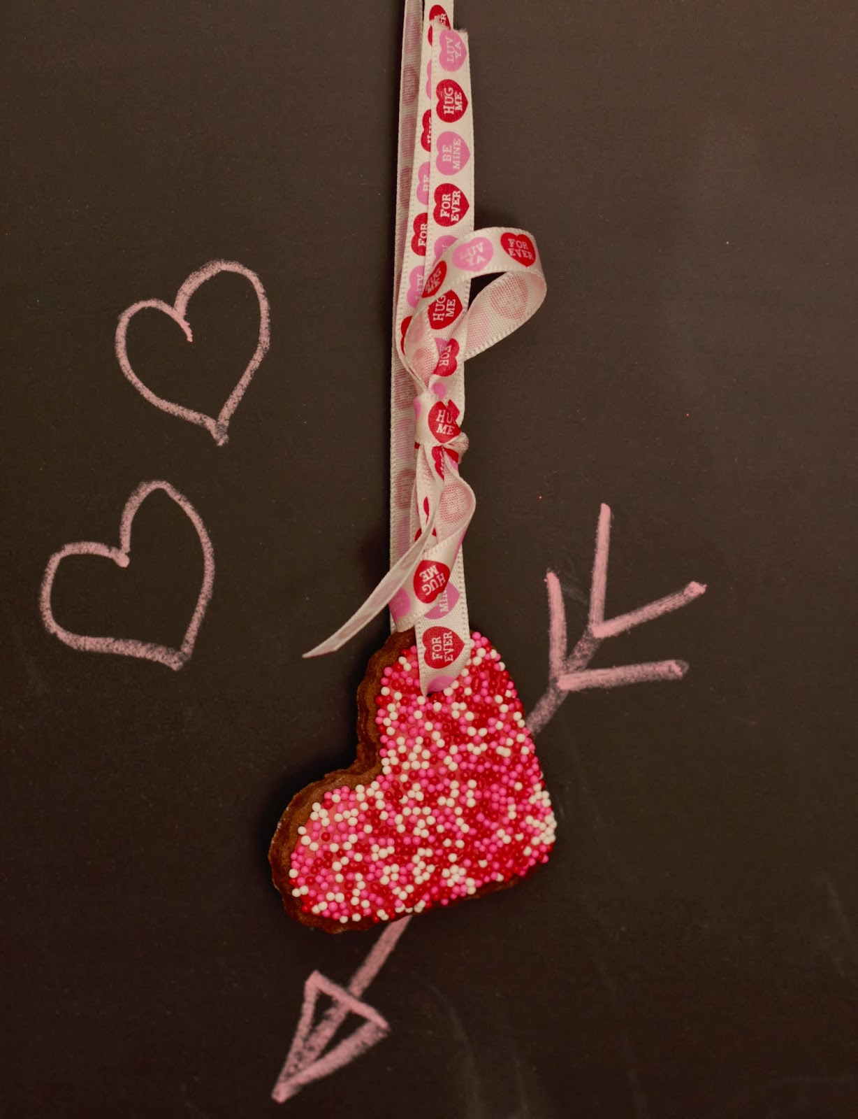 valentines cookie necklace