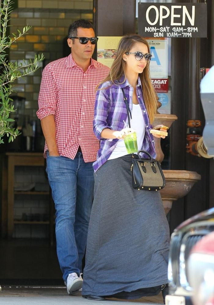 Jessica Alba and Cash Warren on Lunch Date at M Cafe in Beverly Hills