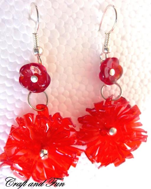 orecchini fatti a mano in pet rosso