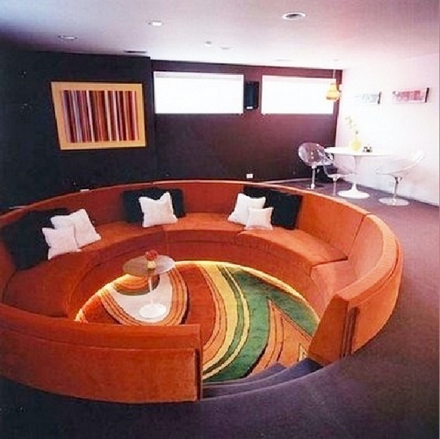 10 grooving conversation pits from back in the day go retro for Rooms to go 1960