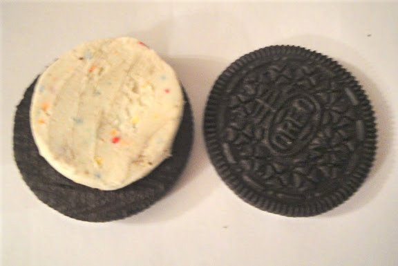 Oreo Birthday Cake Cookies giant grocery stores