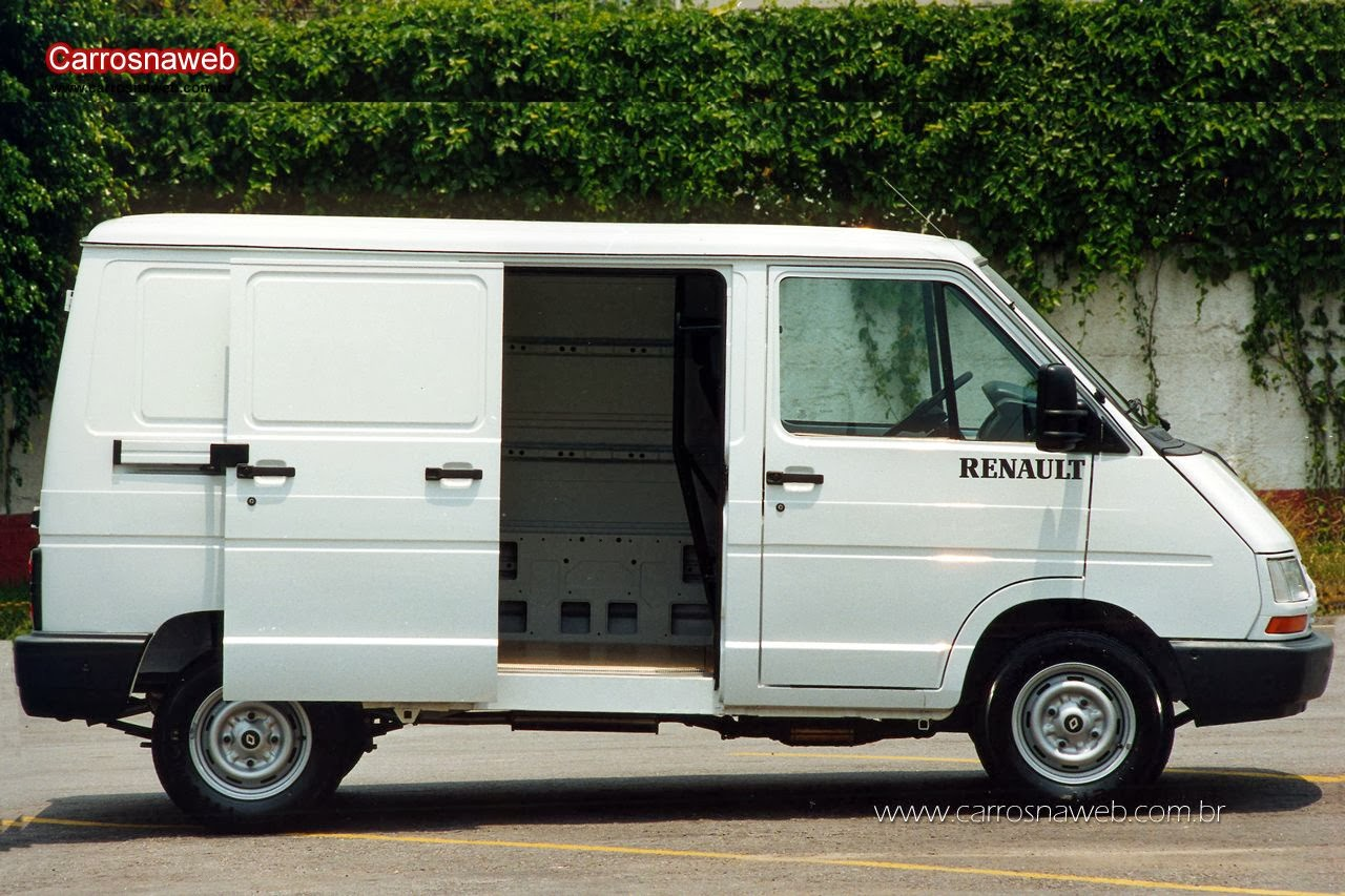 renault trafic a van argentina que diz desafiar a kombi e sua vida e seus parentes no exterior. Black Bedroom Furniture Sets. Home Design Ideas