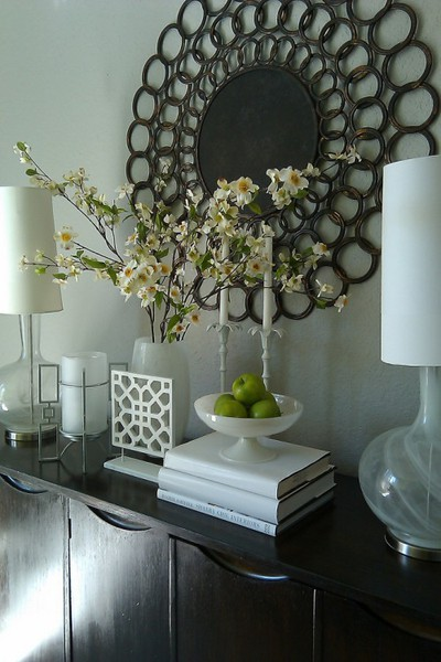 Foyer Table Styling : Beachrose ramblings what does your foyer s style say