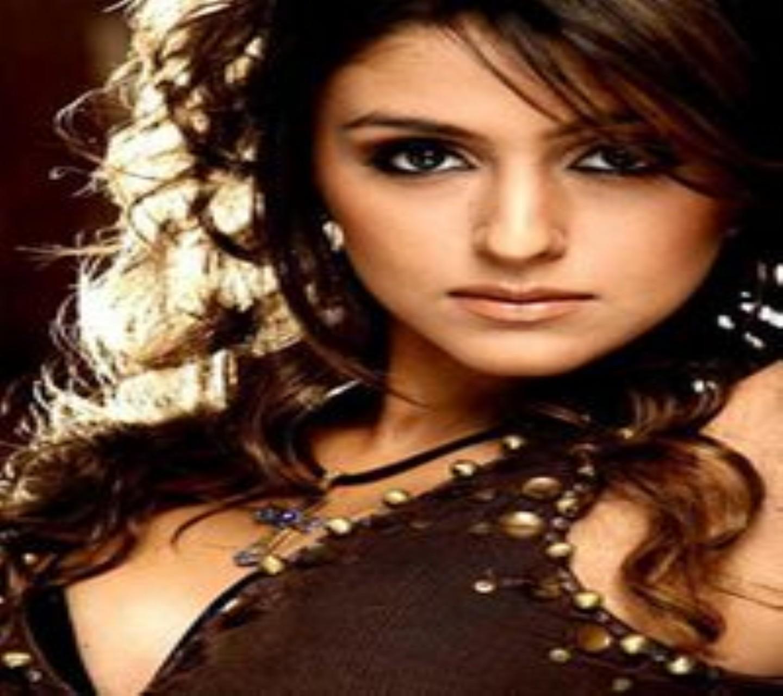http://2.bp.blogspot.com/-_66Aq9zbHbI/UMLio4NYqvI/AAAAAAAABYQ/akx_sRS05N0/s1600/beautiful_aarti_wallpaper.jpg