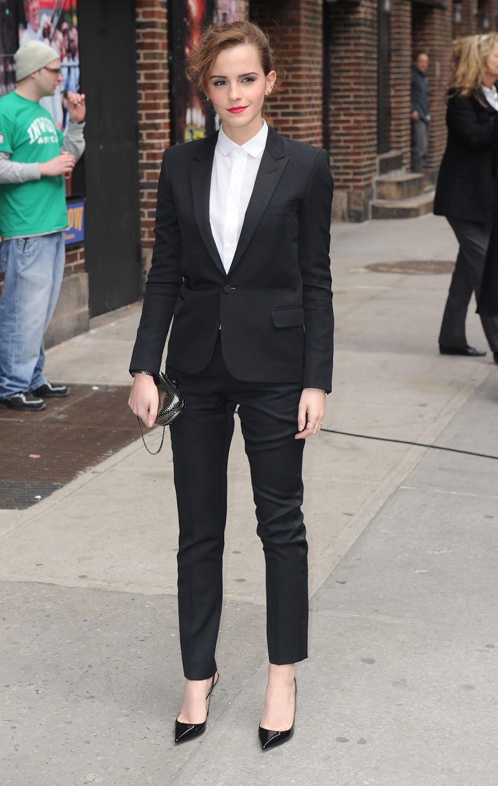 Emma Watson arrives to the Lat Show with David Letterman in Saint Laurent