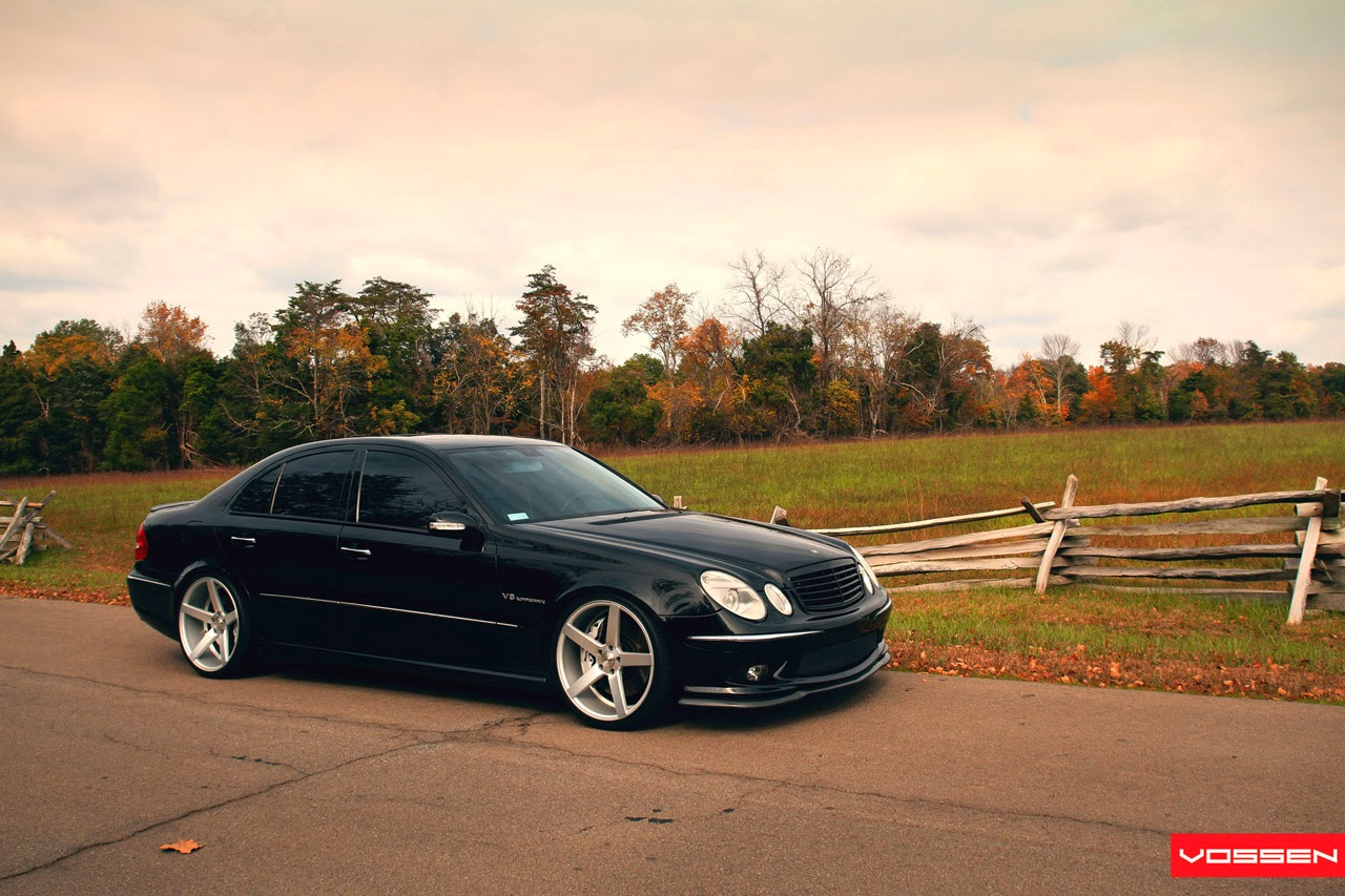 2006 mercedes benz e55 amg w211 on vossen wheels benztuning. Black Bedroom Furniture Sets. Home Design Ideas