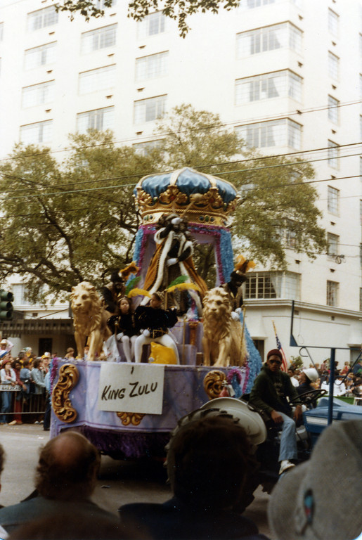 travel and food notes new orleans and new york city hurricane survivors and mardi gras revelers. Black Bedroom Furniture Sets. Home Design Ideas