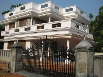 2500 sq ft 4 bed room house in kerala india living dining areas poch ...