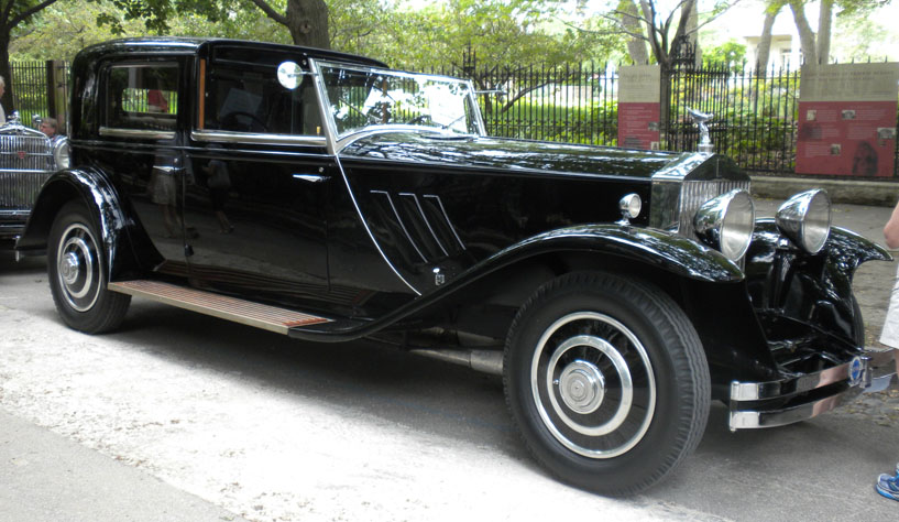 The story of a house vintage autos return to prairie avenue for Rolls royce motor cars tampa bay