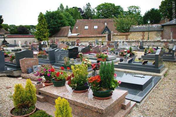 aliciasivert, alicia sivertsson, frankrike, france, normandy, normandie, cemetery, kyrkogård, la saussaye