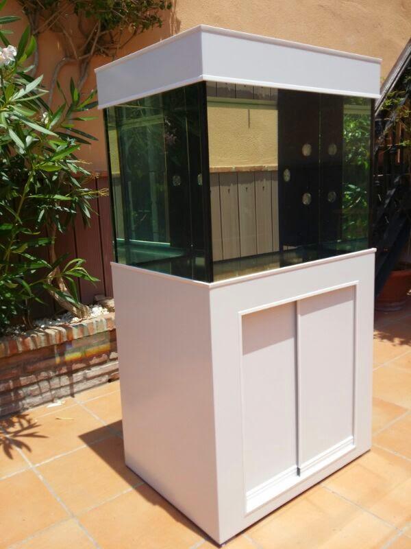 Acuarios a medida acuario agua dulce 192 litros y mesa for Acuarios originales